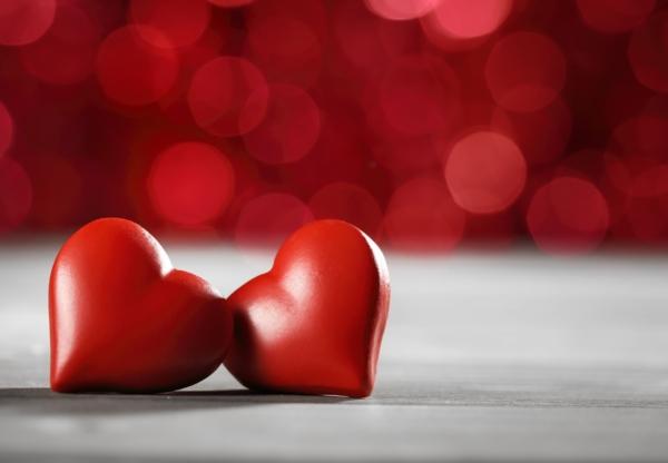 Już niedługo Walentynki – świętujmy razem w domu.